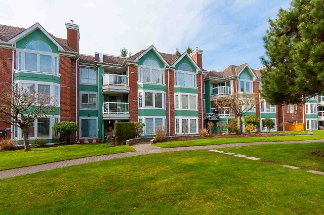 302 1675 AUGUSTA AVENUE - Simon Fraser Univer. Apartment/Condo for sale, 2 Bedrooms (R2246422) #2