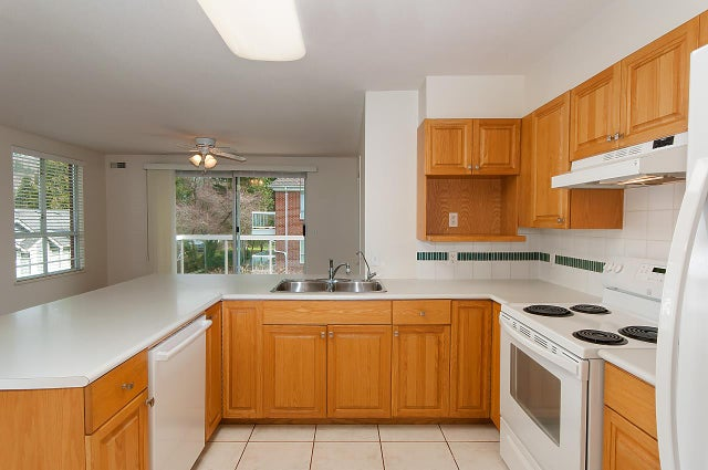 302 1675 AUGUSTA AVENUE - Simon Fraser Univer. Apartment/Condo for sale, 2 Bedrooms (R2246422) #8