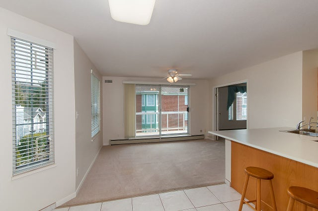 302 1675 AUGUSTA AVENUE - Simon Fraser Univer. Apartment/Condo for sale, 2 Bedrooms (R2246422) #9